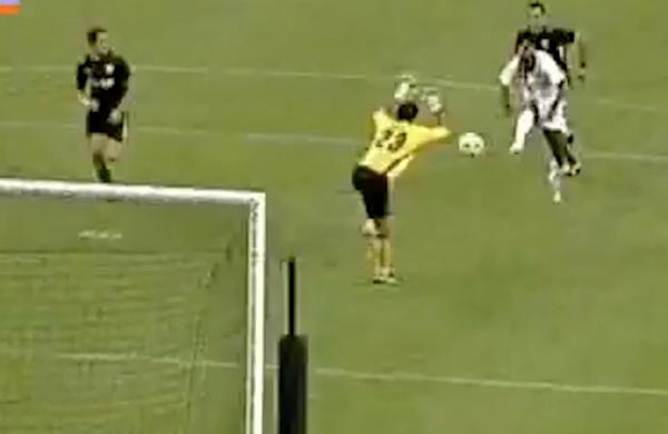 «Αξέχαστα Γκολ»: Καφού (2008-09: ΑΕΚ Αθηνών – ΟΜΟΝΟΙΑ 0-1)
