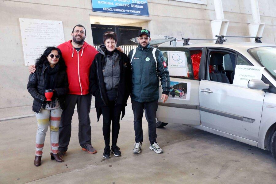 Συλλέγουμε παπούτσια, σακάκια και κουβέρτες για τους διαμένοντες στα Κέντρα Φιλοξενίας της Κοφίνου και της Κοκκινοτριμιάς!