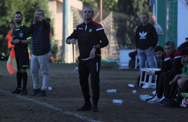ΑΚΑΔΗΜΙΑ | Οι τοποθετήσεις του νέου προπονητή της ΟΜΟΝΟΙΑΣ U15, Οδυσσέα Οδυσσέως