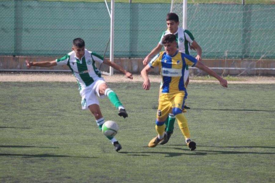 ΑΚΑΔΗΜΙΑ   Ο Χαράλαμπος Τσιαπίνης σχολιάζει τις προπονήσεις της U16